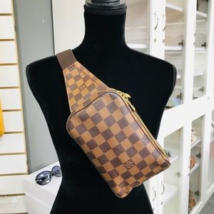 LOUIS VUITTON GERONIMO DE VGUC CA1003 BELT BAG